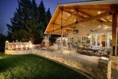Outdoor Kitchen Retreat
